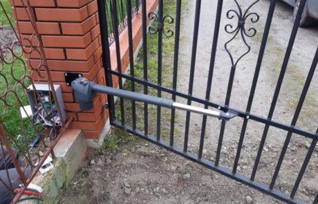 Montaż automatu ogrodzeniowego Beninca Bill - Łódź