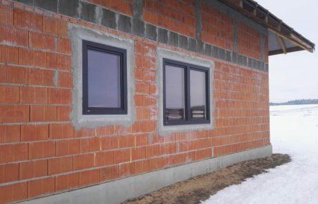 Montaż okien w budynku mieszkalnym w Sieradzu