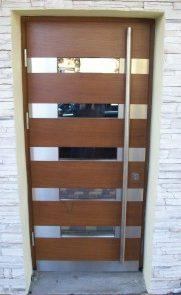 Montaż drzwi drewnianych z przeszkleniem - Sieradz